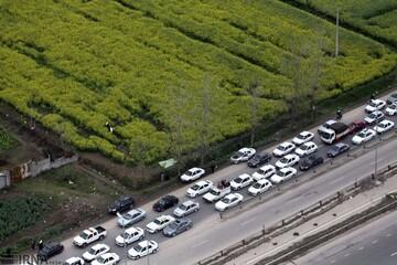 امدادرسانی اورژانس به مصدومان حادثه بامدادی جاده چالوس
