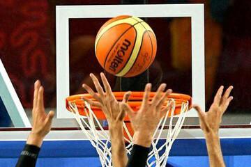 کتک زدن داور مسابقه بسکتبال دخترانتوسط تماشاگران / فیلم