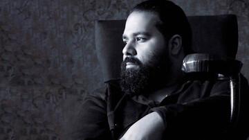 مرد سیاهپوش عزادار شد + عکس