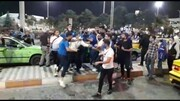 درگیری شدید بازیکنان استقلال با هواداران خشمگین در مهرآباد/تصاویر