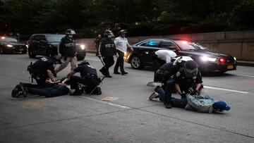 بازداشت وحشیانه خبرنگار زن توسط پلیس آمریکا + فیلم