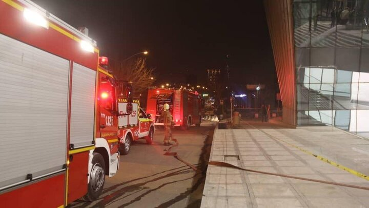 آتش سوزی در مجتمع تجاری الهیه شیراز