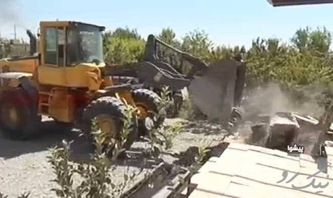 تخریب ویلاهای غیر قانونی در نوشهر + فیلم