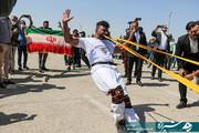 رکورد کشیدن تریلی با دندان توسط یک ایرانی شکسته شد + عکس