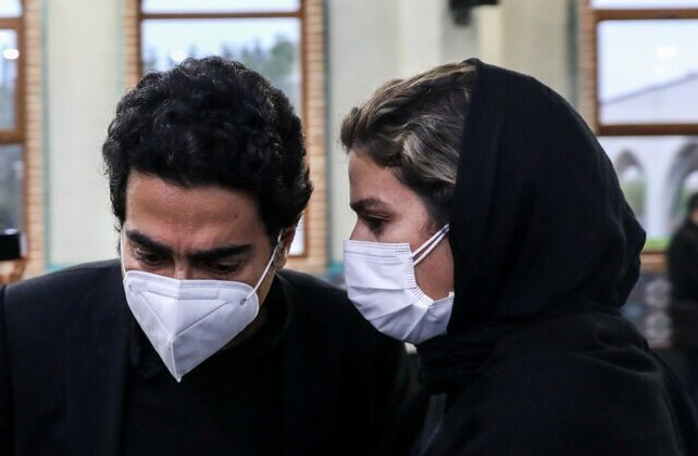 حضور سحر دولتشاهی در ماشین همایون شجریان + عکس