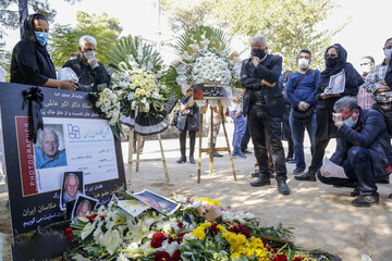 گزارش تصویری خاکسپاری زندهیاد اکبر عالمی