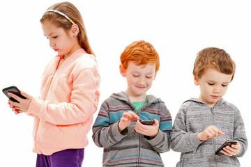 کدام فرزند خانواده باهوش تر است، فرزند اول، وسط یا آخر؟