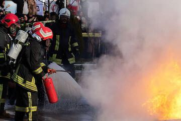 ساختمان شهرداری پلدختر آتش گرفت
