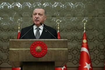 اردوغان: روسیه، آمریکا و فرانسه به ارمنستان تسلیحات نظامی ارسال میکنند