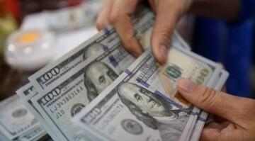 آینده قیمت دلار در ایران از زبان مسئولان