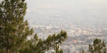 وضعیت هوای تهران در مرز آلودگی است