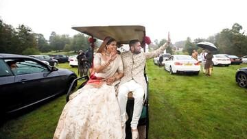 عروسی عجیب داخل ماشین به سبک کرونایی