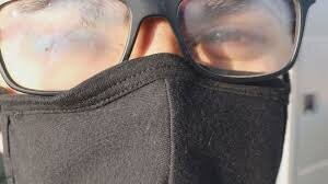 چکار کنیم هنگام ماسک زدن شیشههای عینک بخار نگیرد؟