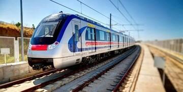 متروی تهران با اعمال محدودیتهای شدید کرونایی! / عکس