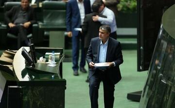 نماینده علی آباد توضیحات وزیر راه را قانع کننده دانست