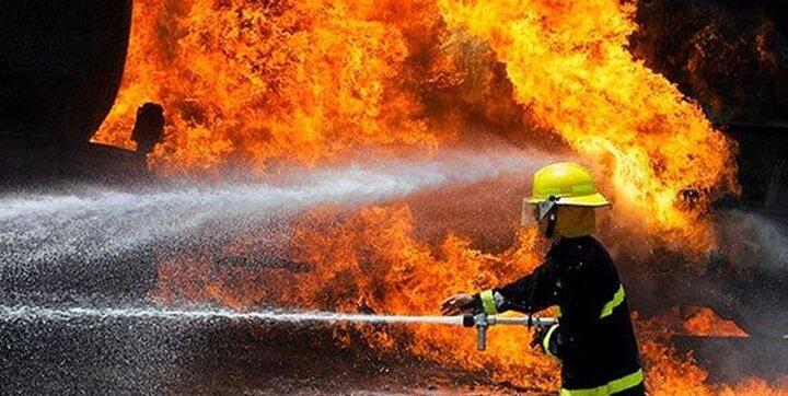 مجتمع تجاری کادوس ۴ آبادان دوباره آتش گرفت