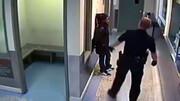 رفتار خشونت آمیز و نژادپرستانه پلیس آمریکا با یک دختر + فیلم