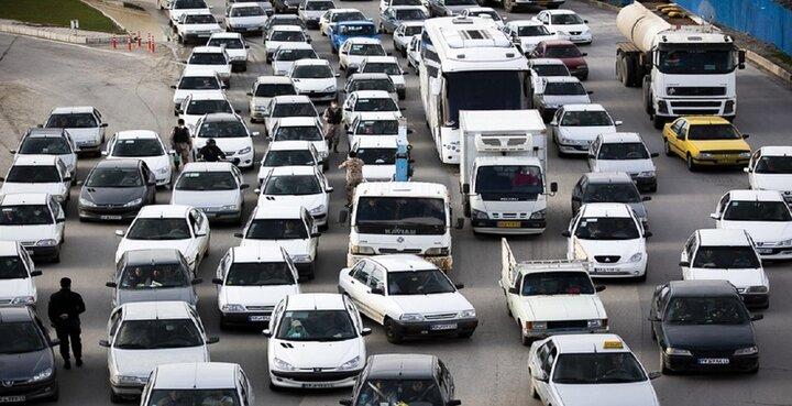 آخرین قیمت روز خودرو/ پراید ۲۳ میلیون تومان و سمند ۳۰ میلیون تومان ارزان شد