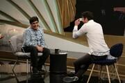 پاره شدن عجیب لباس رضا شفیعیجم در برنامه تلویزیونی / فیلم