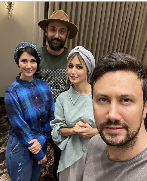 15058299 - آقای بازیگر در کنار خواهر و شوهرخواهرش / عکس