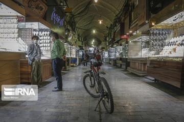 تصاویری از حال وهوای مغازه های طلا فروشی در پی سقوط قیمتها