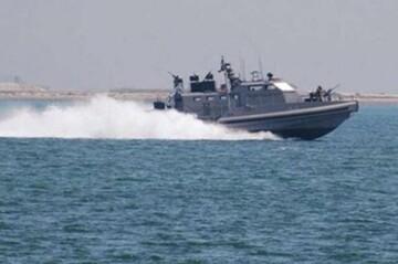 حضور قایقهای ناشناس در خلیج فارس