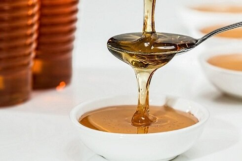 مصرف عسل برای این افراد سم است!