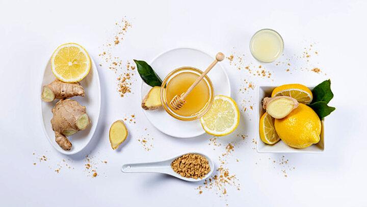 خواص معجزه آسا نوشیدن ناشتا زنجبیل لیمو + جزئیات