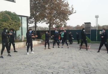تمرین سبک آبیپوشان پایتخت در محوطه هتل آکادمی