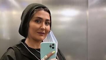 بازیگر زن مشهور و سگش در آسانسور / عکس