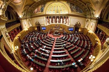 درخواست سنای فرانسه از دولت برای به رسمیت شناختن جمهوری قرهباغ