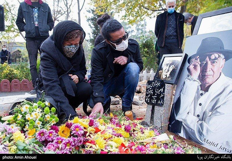 همسر اول و بازیگر معروف «کامبوزیا پرتوی» در مراسم خاکسپاری