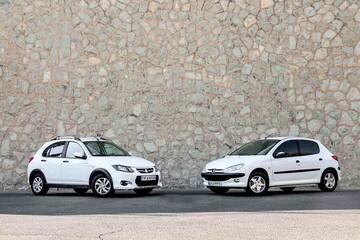 قیمت روز محصولات ایران خودرو و سایپا در بازار/ ریزش ۲۰ میلیونی برخی خودروها