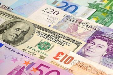 آخرین قیمت دلار در ۱۲ آذر ۹۹