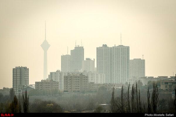هوای تهران آلوده است؛ گروههای حساس از خانه خارج نشوند