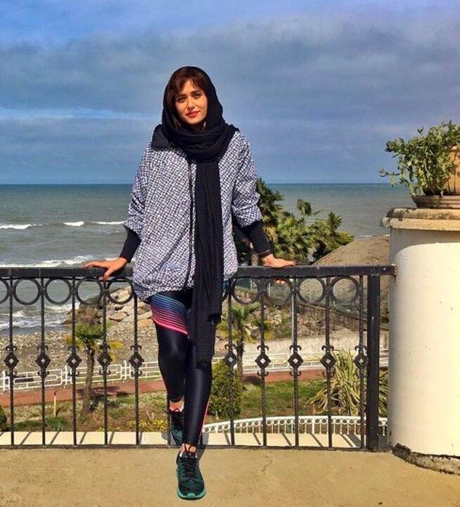 پریناز ایزدیار کنار ساحل/ عکس