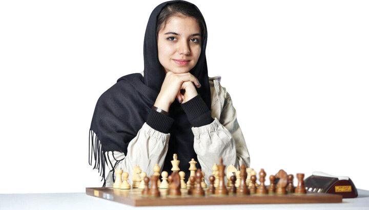 نایبقهرمانی سارا خادمالشریعه در مسابقات شطرنج آنلاین