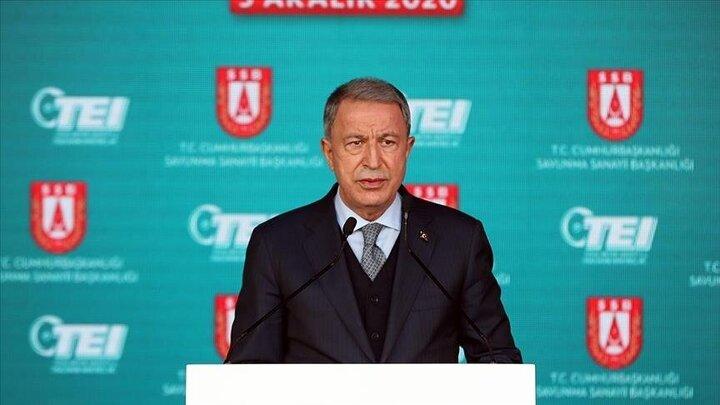 وزیر دفاع ترکیه: آذربایجان با کمک ما شهرهای قرهباغ را آزاد کرد