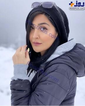 عکس خاص خانم بازیگر در هوای برفی