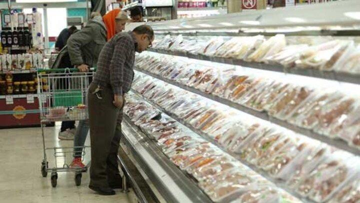 روند کاهشی قیمت مرغ در بازار؛ قیمت هرکیلو مرغ گرم چند؟