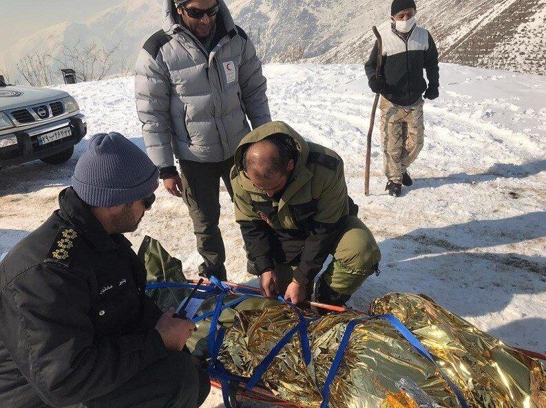 کشف و انتقال اجساد حادثه ارتفاعات تهران