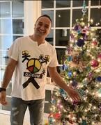 عکس کریسمسی مجری ممنوعالتصویر