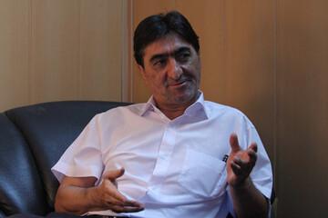 حمایت ناصر محمدخانی از سرمربیگری یحیی گلمحمدی