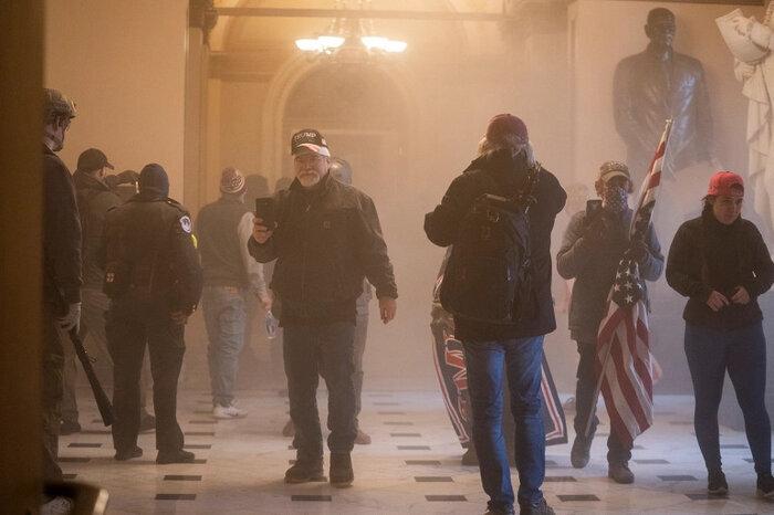 کشتهشدن ۴ نفر در حمله به ساختمان کنگره آمریکا