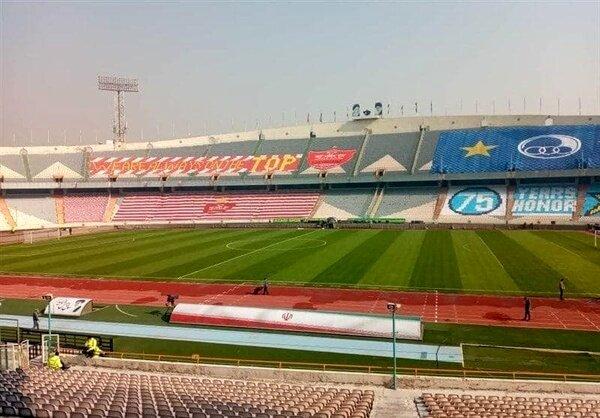 تصویری از ورزشگاه آزادی در آستانه دربی ۹۴