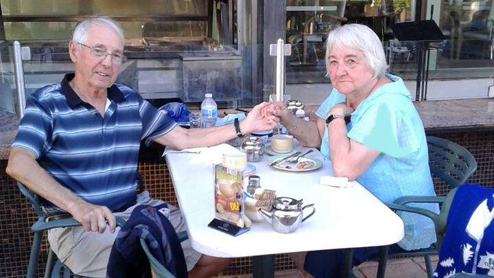 به هم رسیدن زوج عاشق پس از ۶۸ سال دوری / عکس