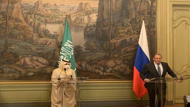 وزیر خارجه روسیه خواستار گفتگو میان ایران و کشورهای عربی شد