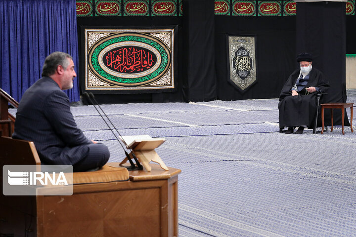 برگزاری مراسم عزاداری فاطمیه با حضور رهبر انقلاب /عکس