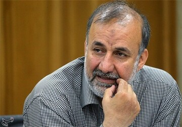 اگر محمود احمدینژاد تایید شود اوضاع دیگری در صحنه سیاسی کشور رقم خواهد خورد / نظامی بودن یا نبودن ملاک شورای وحدت اصولگرایان نیست