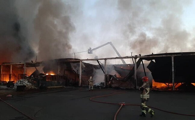 آخرین خبرها از آتش سوزی در خیابان شوش
